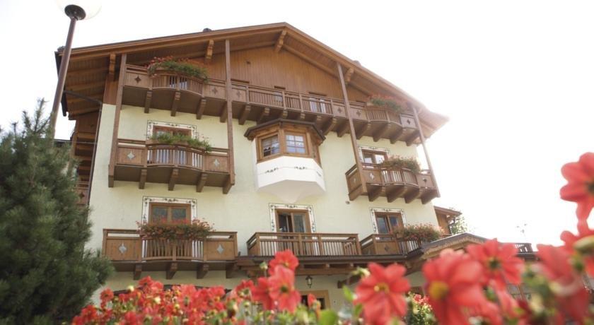 Foto Hotel Almazzago