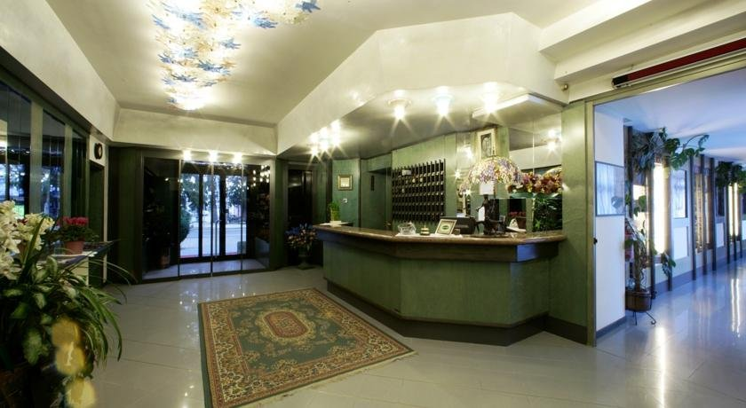 Liberty Hotel Malè - Hall